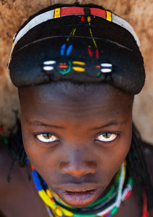 Portrait of a Muhacaona tribe young woman, Cunene Province, Oncocua, Angola