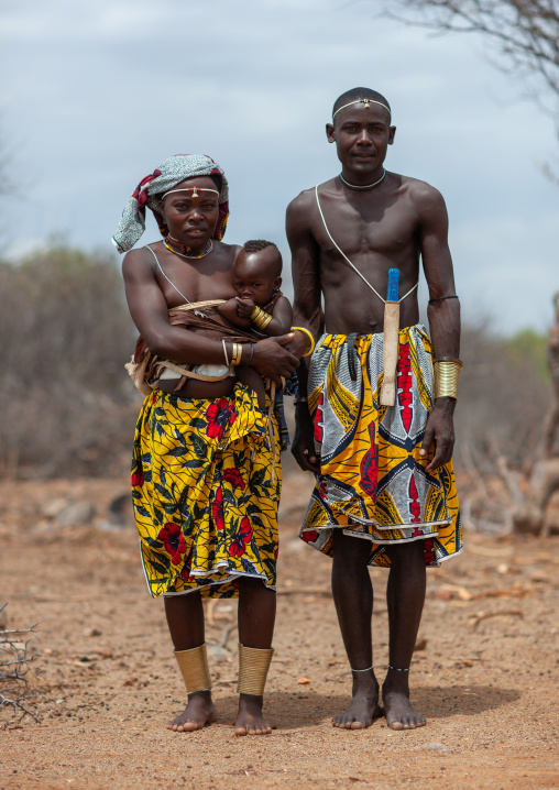 Portrait of a Mucubal  tribe family, Namibe Province, Virei, Angola