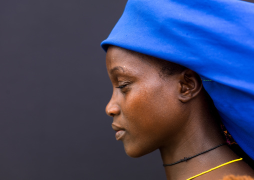 Mucubal tribe woman wearing a blue headwear, Namibe Province, Virei, Angola