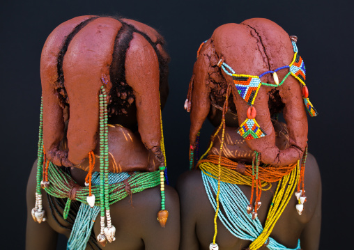 Rear view of Mumuhuila tribe children hairstyle, Huila Province, Chibia, Angola