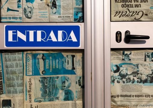 Entry sign on an abandonned shop, Benguela Province, Lobito, Angola
