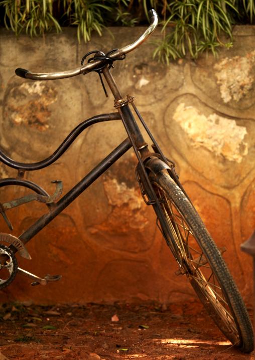 Vintage Bicycle, Jianshui, Yunnan Province, China