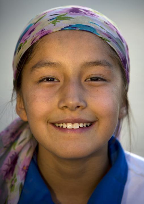 Young Uyghur Girl, Yarkand, Xinjiang Uyghur Autonomous Region, China