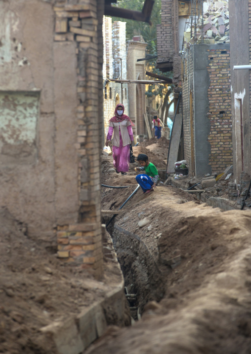 Works in the Demolished old town, Kashgar, Xinjiang Uyghur Autonomous Region, China
