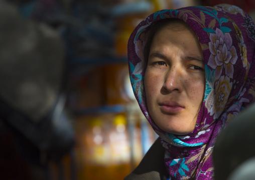 Uyghur Woman, Kashgar, Xinjiang Uyghur Autonomous Region, China