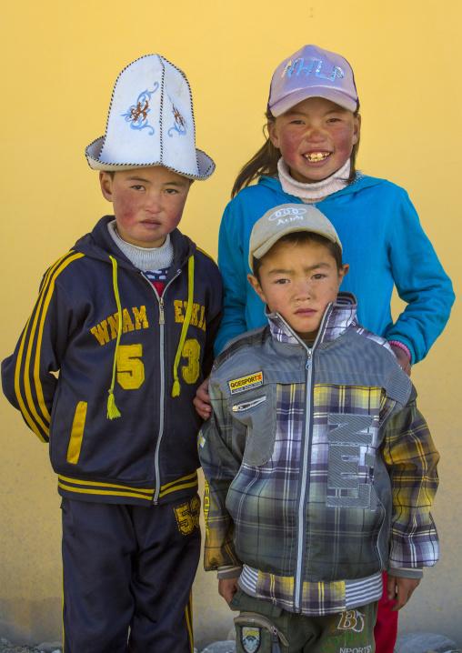 Kyrgyz Kids Near Karakul Lake, Xinjiang Uyghur Autonomous Region, China