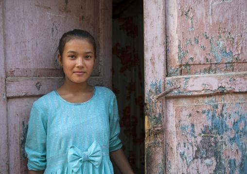 Uyghur Girl, Old Town Of Kashgar, Xinjiang Uyghur Autonomous Region, China