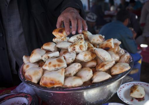 Fresh Samsa, Kashgar Animal Market, Xinjiang Uyghur Autonomous Region, China
