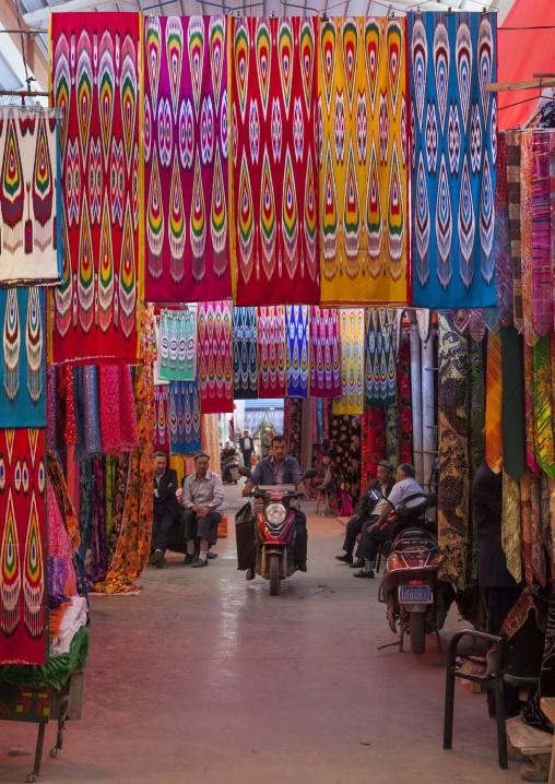 Kashgar Bazaar, Xinjiang Uyghur Autonomous Region, China