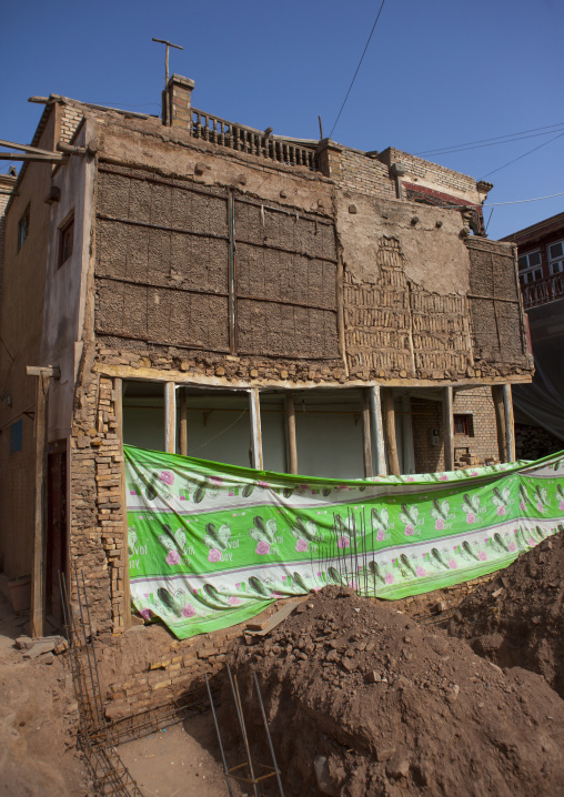 Underpinning Of A House, Old Town Of Kashgar, Xinjiang Uyghur Autonomous Region, China