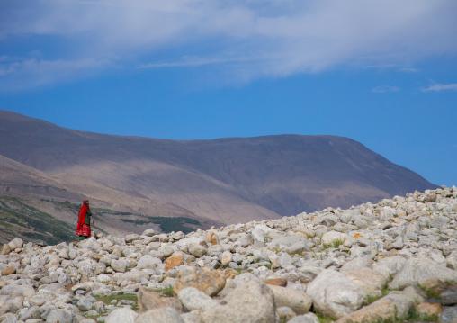 Wakhi woman in the pamir mountains, Badakhshan province, Wuzed, Afghanistan