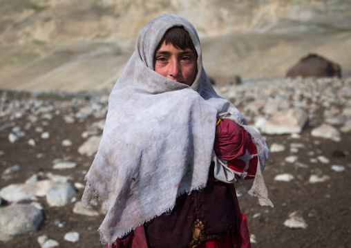 Portrait of a wakhi nomad girl, Big pamir, Wakhan, Afghanistan