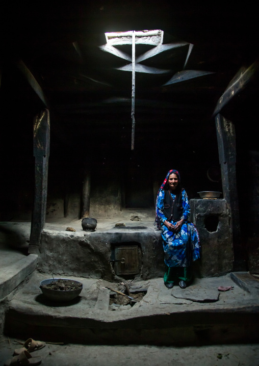 Afghan woman inside her traditional pamiri house, Badakhshan province, Qazi deh, Afghanistan