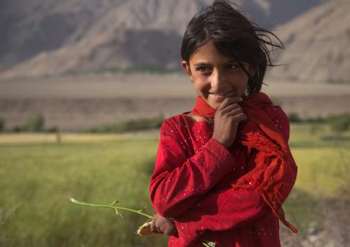 Portrait of a smiling afghan girl, Badakhshan province, Qazi deh, Afghanistan