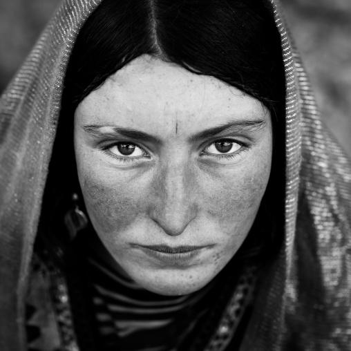 Portrait of a wakhi nomad woman, Big pamir, Wakhan, Afghanistan