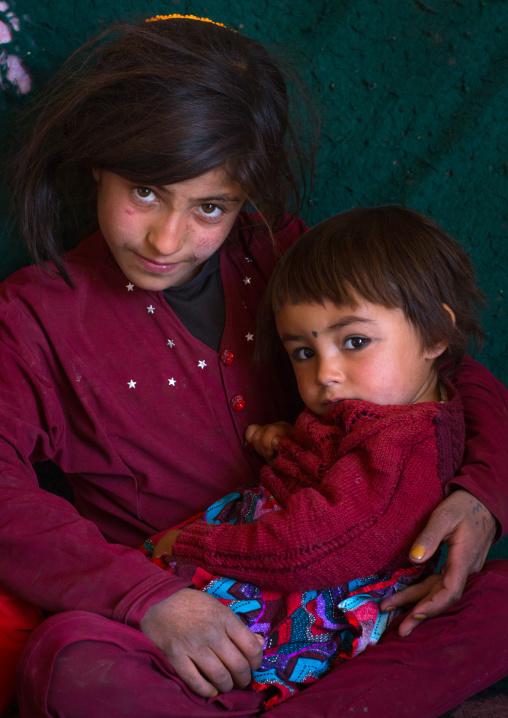 Portraot of an afghan girl with her sister, Badakhshan province, Zebak, Afghanistan