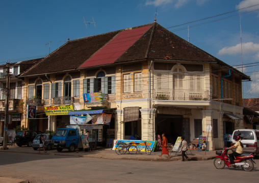 Old colonial buildings, Battambang province, Battambang, Cambodia
