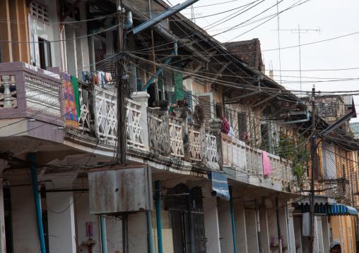 Old colonial buildings with balconies, Battambang province, Battambang, Cambodia
