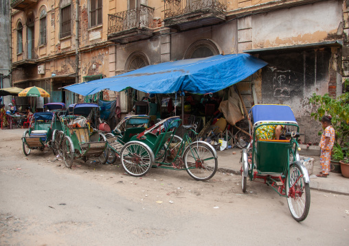 Pedicabs parked in the streets, Phnom Penh province, Phnom Penh, Cambodia