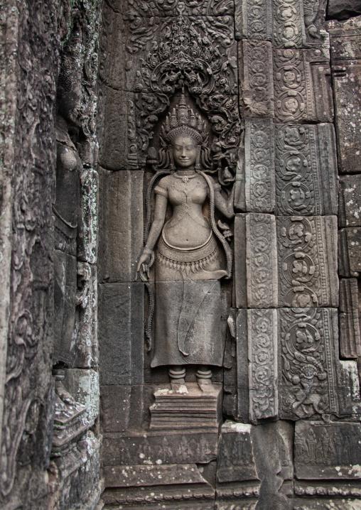 Khmer statue in Angkor wat, Siem Reap Province, Angkor, Cambodia