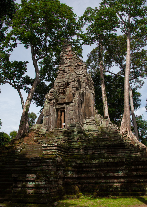 Temple in Angkor wat, Siem Reap Province, Angkor, Cambodia