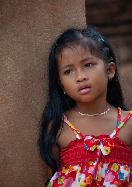 Portrait of a cambodian girl, Siem Reap Province, Angkor, Cambodia