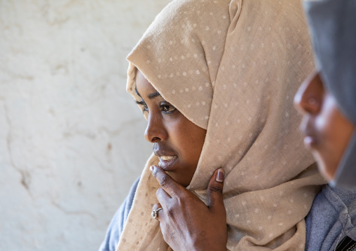 Portrait of veiled harari women, Harari Region, Harar, Ethiopia