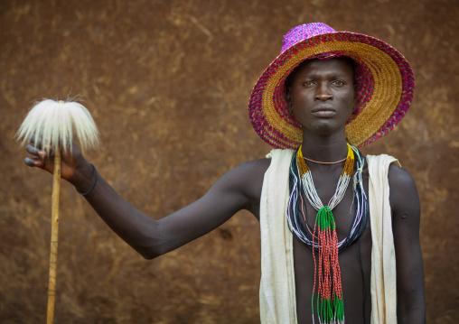 Suri tribe singer, Kibish, Omo valley, Ethiopia