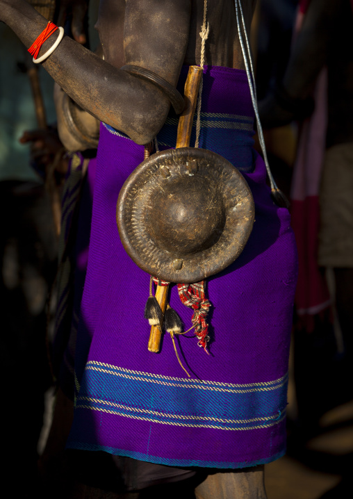 Bodi Tribe Man With Shields, Hana Mursi, Omo Valley, Ethiopia