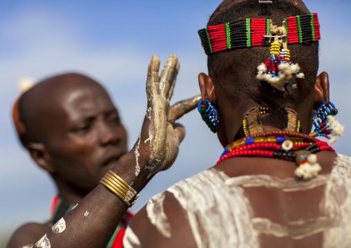 Bashada Tribe Man Making Body Painting, Dimeka, Omo Valley, Ethiopia