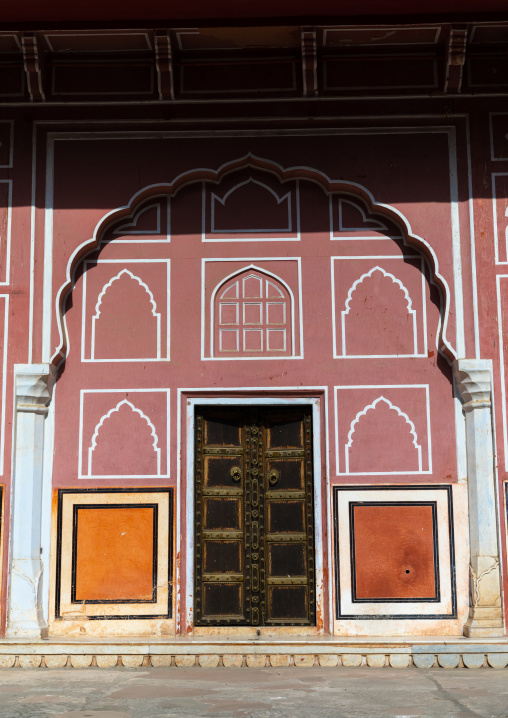 Door in the city palace Sarvato Bhadra courtyard, Rajasthan, Jaipur, India