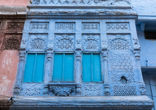 Old balcony of a brahmin blue house, Rajasthan, Jodhpur, India