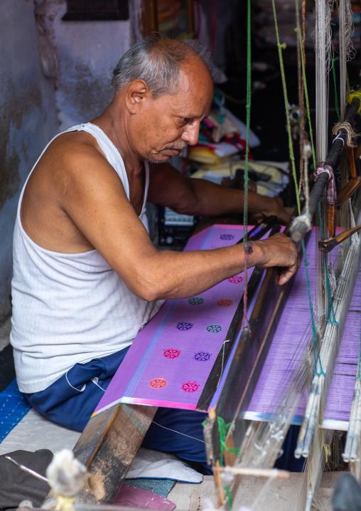 Kota doriya indian weaver, Rajasthan, Bundi, India
