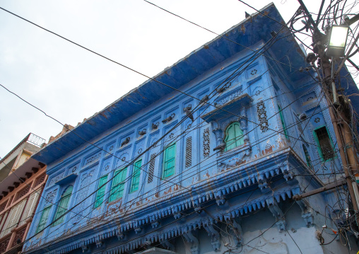 Old blue house balcony of a brahmin, Rajasthan, Jodhpur, India