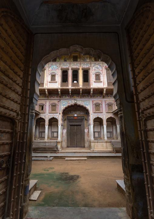 Old haveli, Rajasthan, Nawalgarh, India