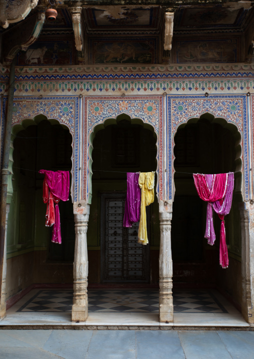 Old historic haveli arches, Rajasthan, Nawalgarh, India