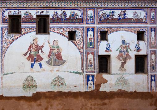Wall paintings on an old haveli, Rajasthan, Nawalgarh, India