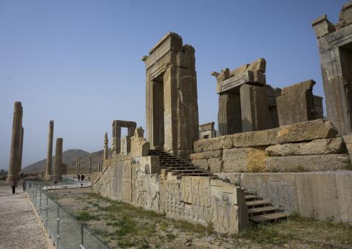 Ruins of apadana palace built by darius the great, Fars province, Persepolis, Iran