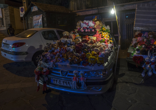 Toys sold on a car, Shemiranat county, Tehran, Iran