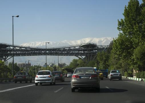 Traffic on a highway, Shemiranat county, Tehran, Iran
