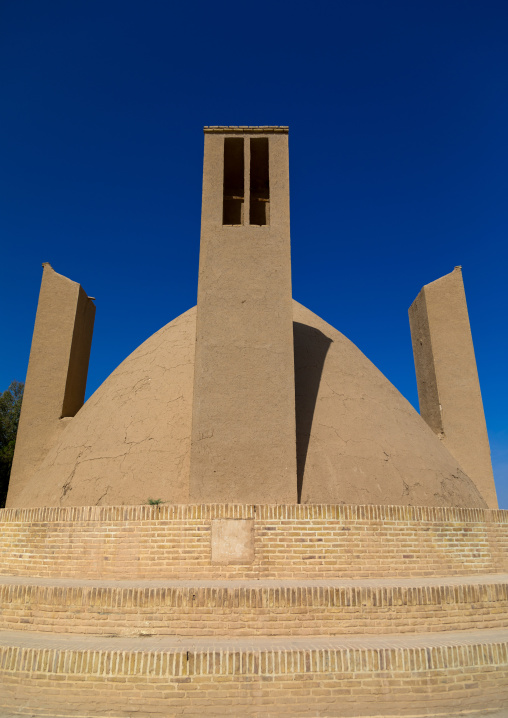 Wind towers used as a natural cooling system for water reservoir in iranian traditional architecture, Yazd Province, Meybod, Iran
