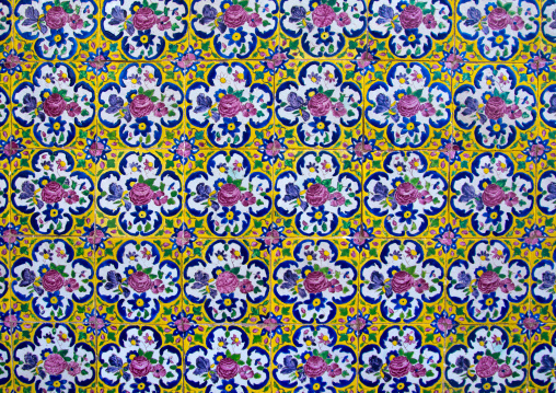 Floral details in Agha Bozorg mosque, Isfahan Province, Kashan, Iran
