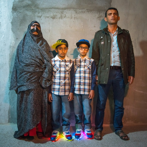 A bandari family mixing modernity and tradition, Qeshm island, Tabl , Iran