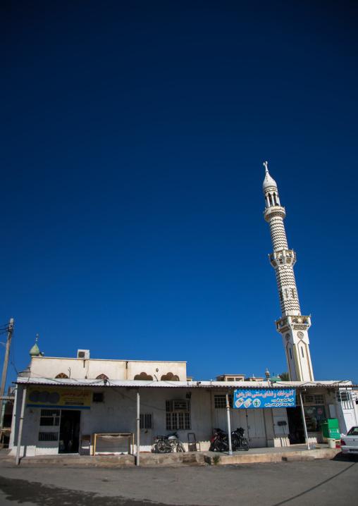 Mosque in the old town, Hormozgan, Bandar-e kong, Iran