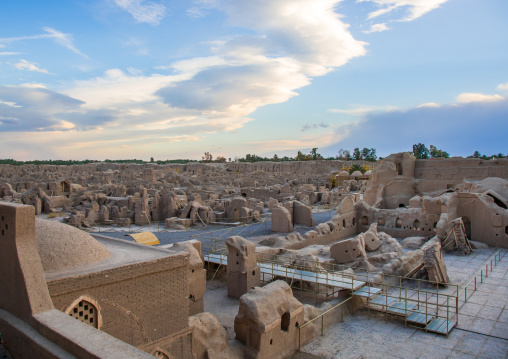 The old citadel of arg-é bam, Kerman province, Bam, Iran
