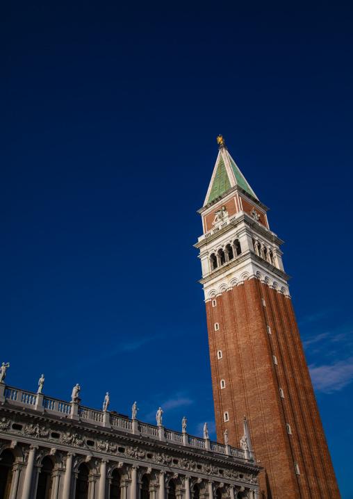 Bell tower campanile in piazza San Marco, Veneto, Venice, Italia