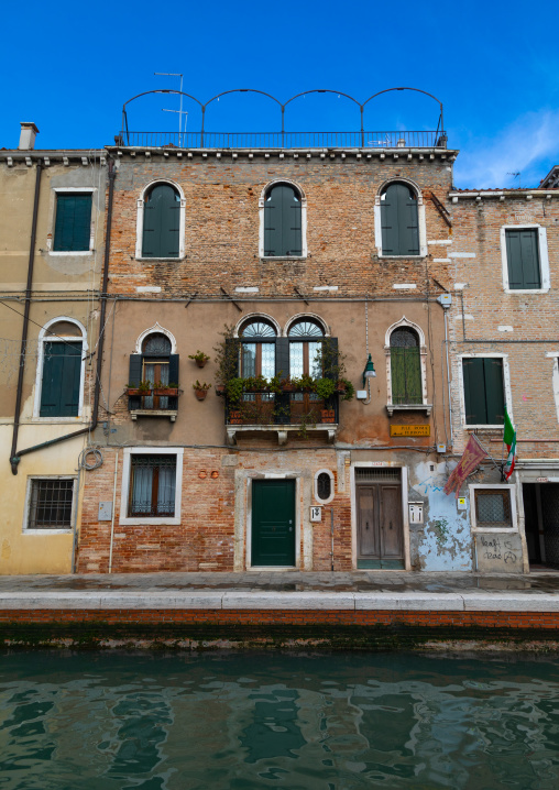 Old house on the canal, Veneto, Venice, Italia