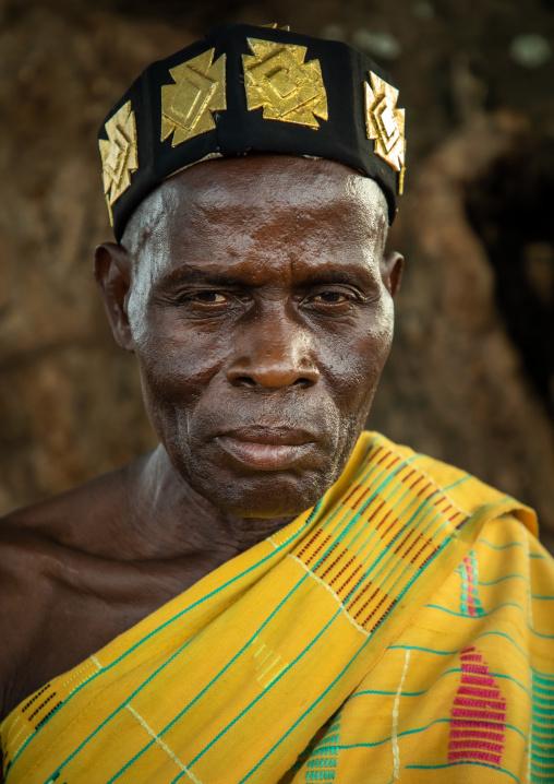 Portrait of a tribal chief from Baule tribe, Région des Lacs, Bomizanbo, Ivory Coast