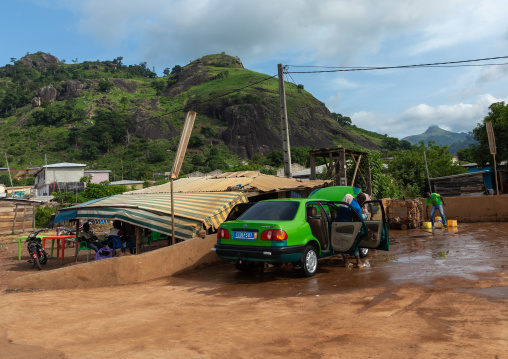 Car and motorbike wash, Tonkpi Region, Man, Ivory Coast