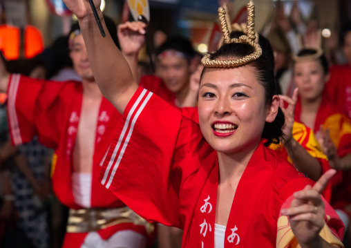 Japanese women during the Koenji Awaodori dance summer street festival, Kanto region, Tokyo, Japan